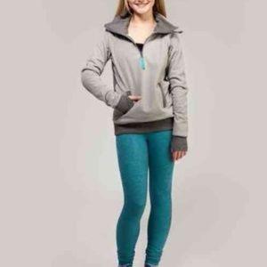 Ivivva shiver stopper fleece pullover in size 10